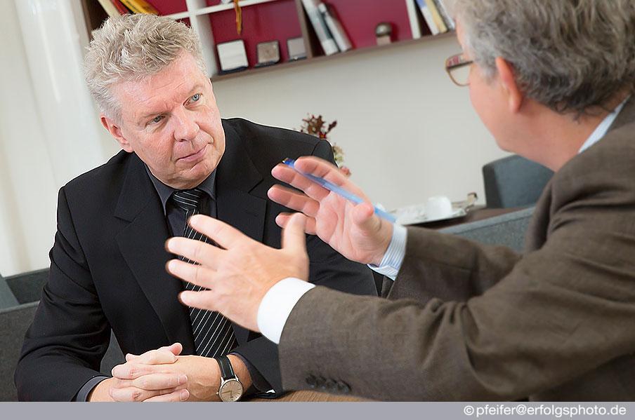 Oberbürgermeister Dieter Reiter lief sich während des Interviews fotografieren